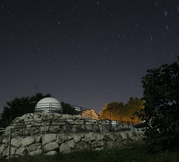 Coupoles d'observation du ciel nocturne