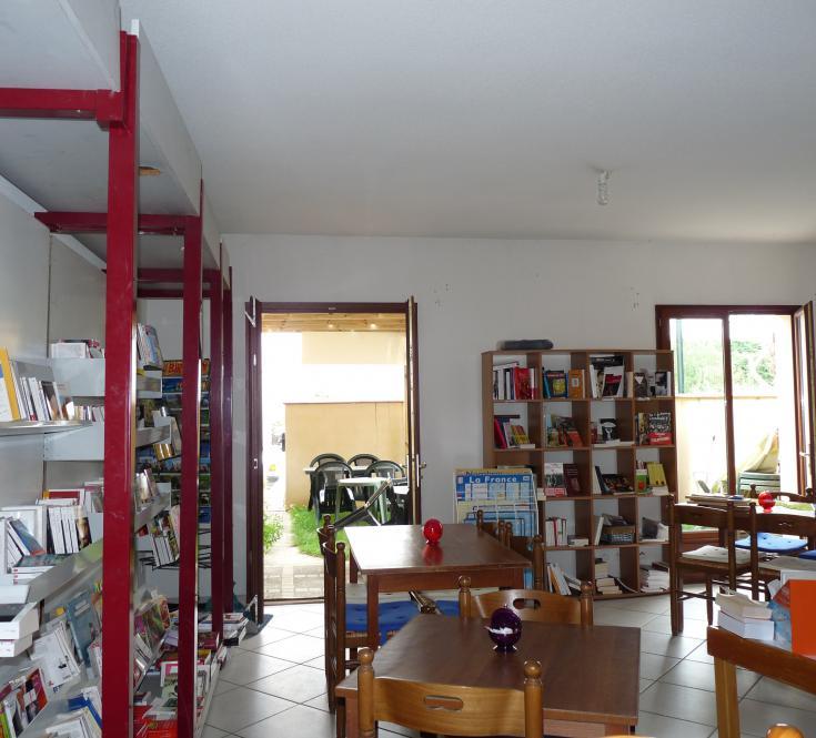 Le café librairie