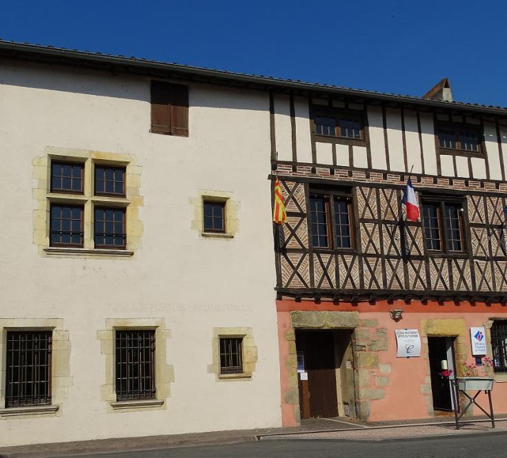 Case de Montserrat